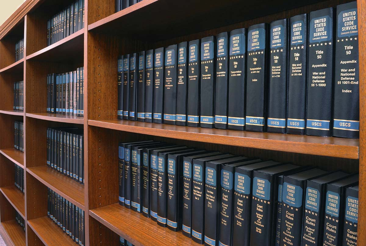 How to Become a California Paralegal
