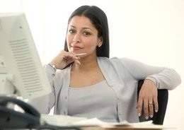 Difference Between a Legal Assistant and a Paralegal