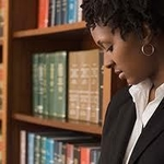 How to Choose a Paralegal School