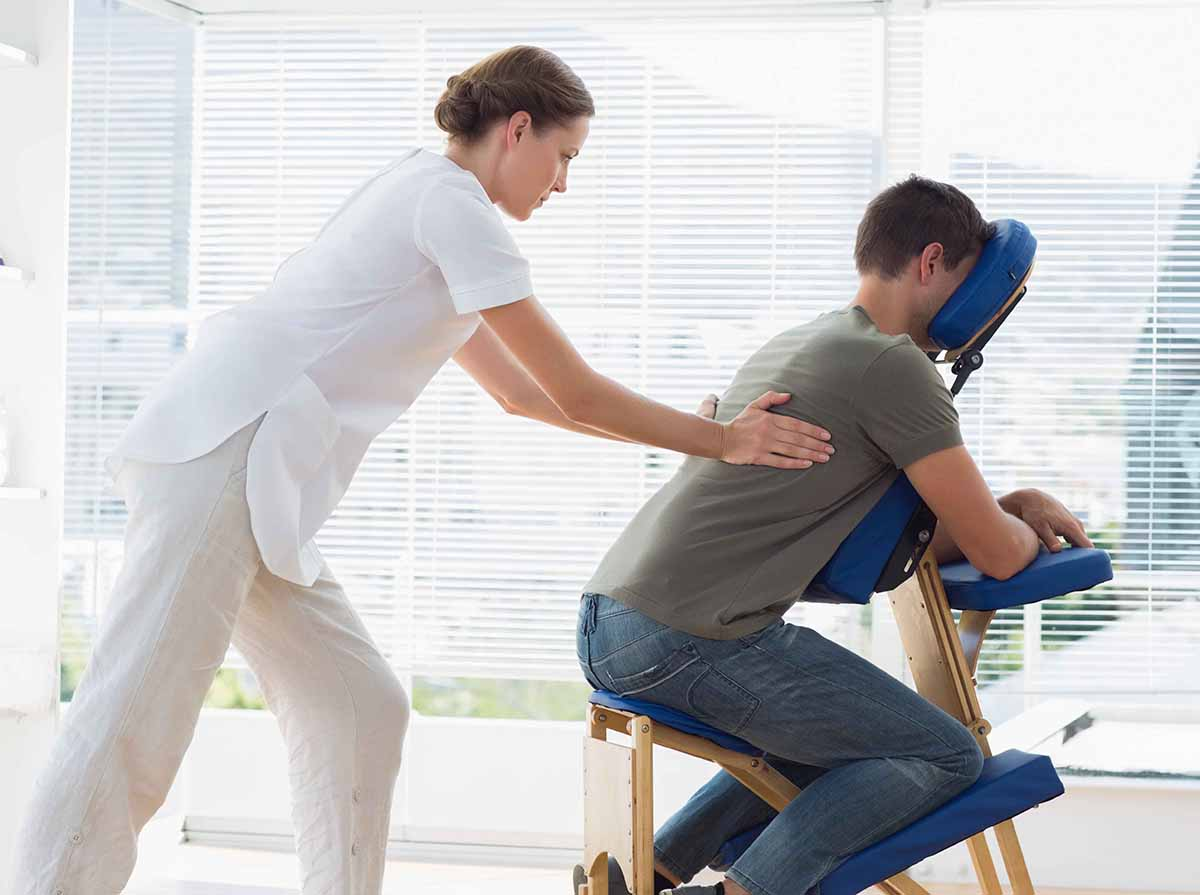 massage-therapy-school
