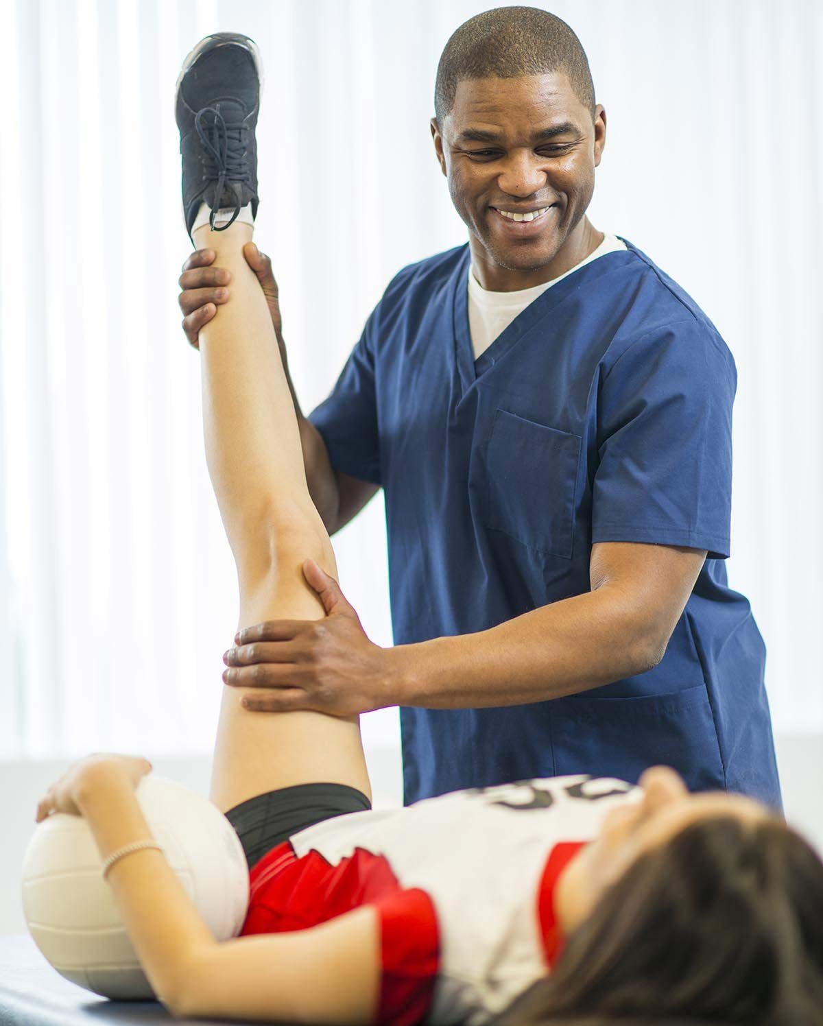 are-sports-therapy-and-massage-professionals-in-de-opt