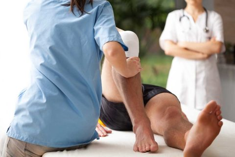 sports-therapy-vs-physical-therapist