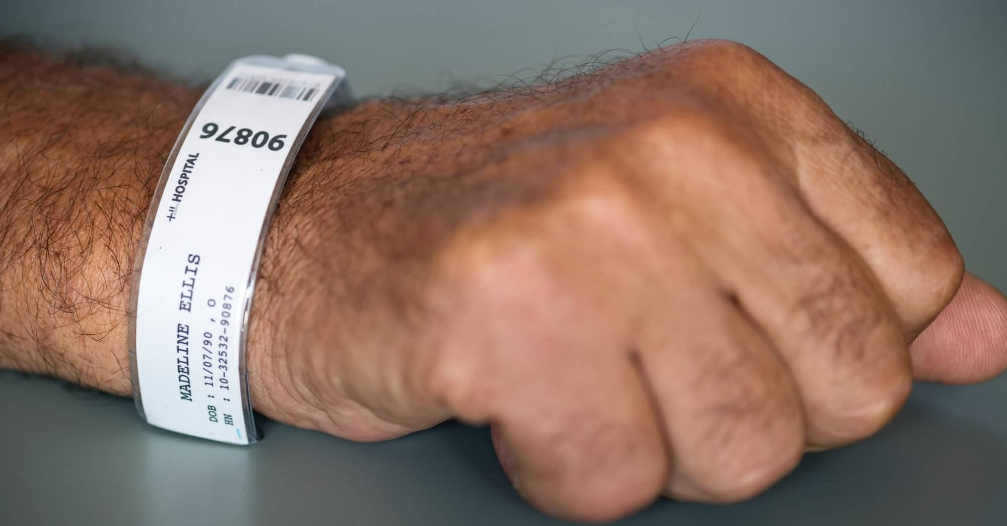 wrist sprain treatment